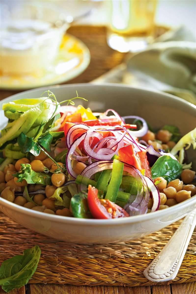15 Ensaladas Saludables Para Hacer Dieta Sin Aburrirte