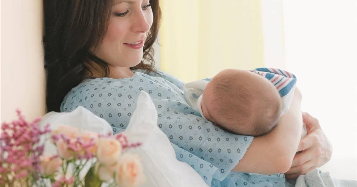 El impacto físico y psicológico del parto por cesárea